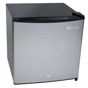 EdgeStar Fridge Freezer with Lock