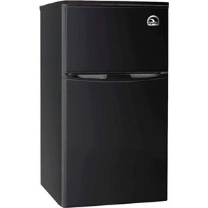 Igloo FR832 Mini Fridge