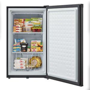 Whynter CUF-301BK Energy Star Upright Freezer with Lock